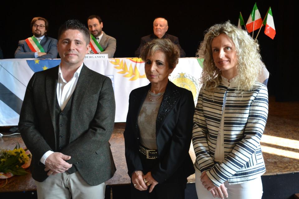 Diego Forni con la madre e la sorella Erica